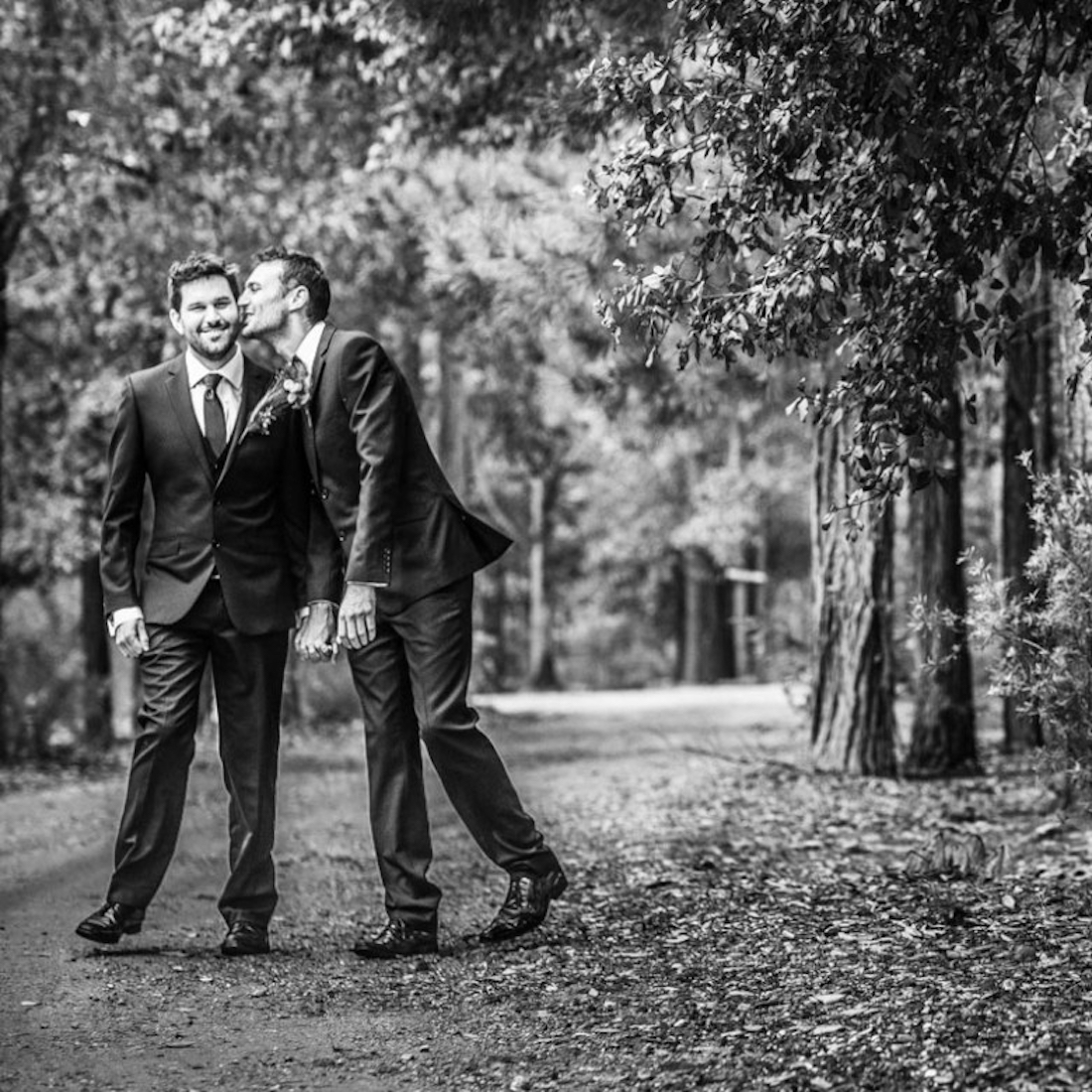 FEATURED IMAGE Same Love Photography gay lesbian wedding photography 1100x1100pxl