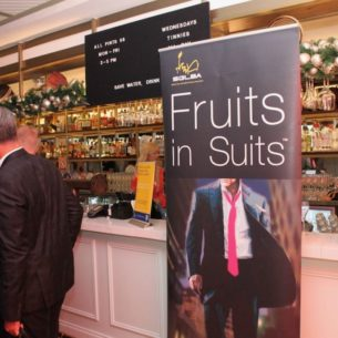 20191121 Fruits in Suits